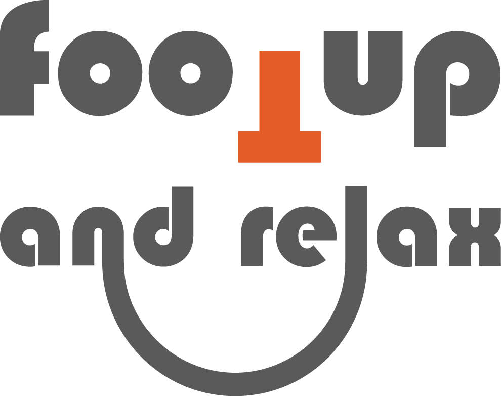 FOOTUP AND RELAX logo. Repose-pieds siège auto enfant
